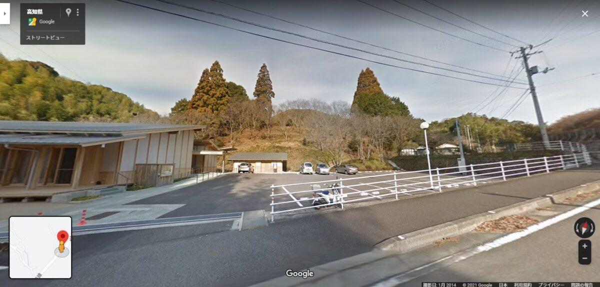 西川花公園駐車場