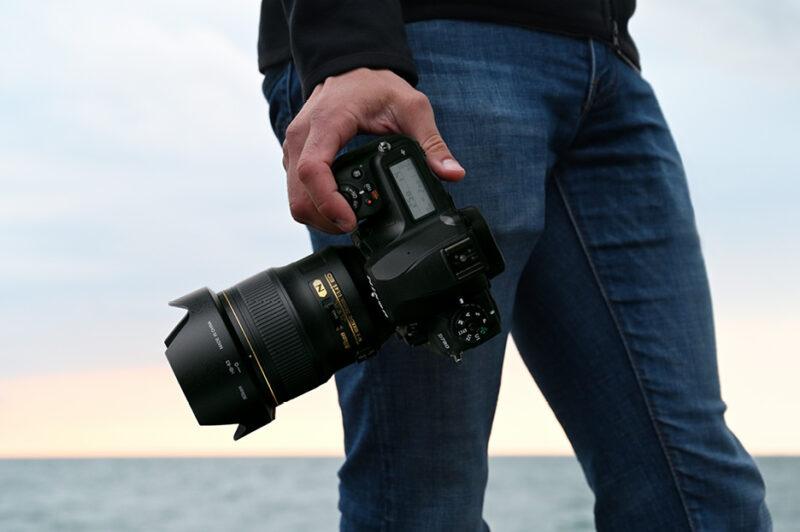 Nikon D780の外観
