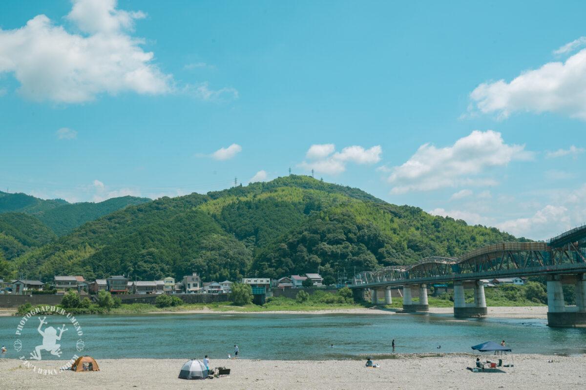 竜とそばかすの姫のロケ地「波川公園」